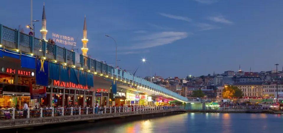 สะพาน Galata สะพานในประวัติศาสตร์ของอิสตันบูล