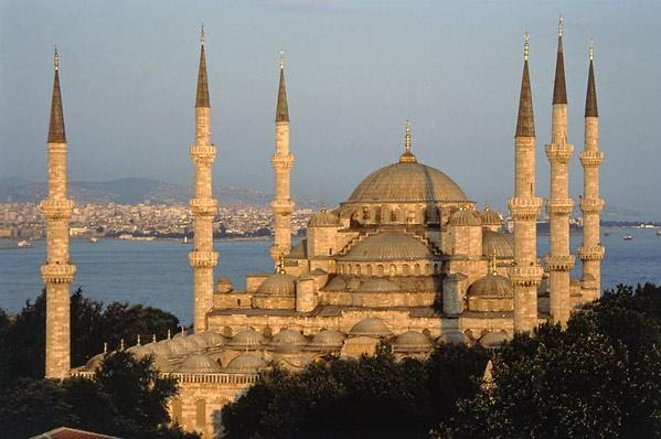 สุเหร่าเซนต์โซเฟีย (Mosque of Hagia Sophia)